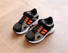 Outdoor children sneakers